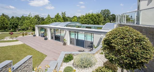 Concept alu pr sente sa gamme d abris de piscine et sa - Concept alu les herbiers ...