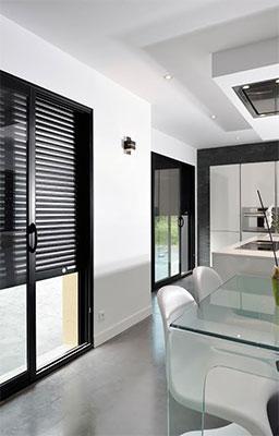 volets roulants eveno lance gao 3 0 un coffre tunnel connect tous les besoins batinfo. Black Bedroom Furniture Sets. Home Design Ideas