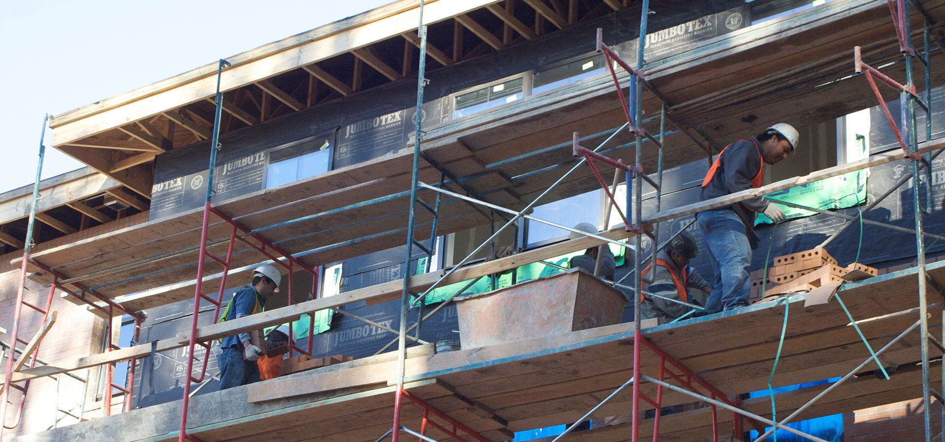 La construction de logements neufs progresse moins vite au for Construction logement neuf