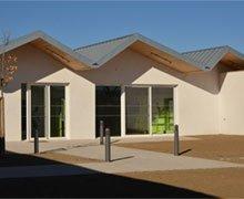 RHEINZINK designs a zinc-titanium roof like a metallic ribbon for the MECS in Lézignan