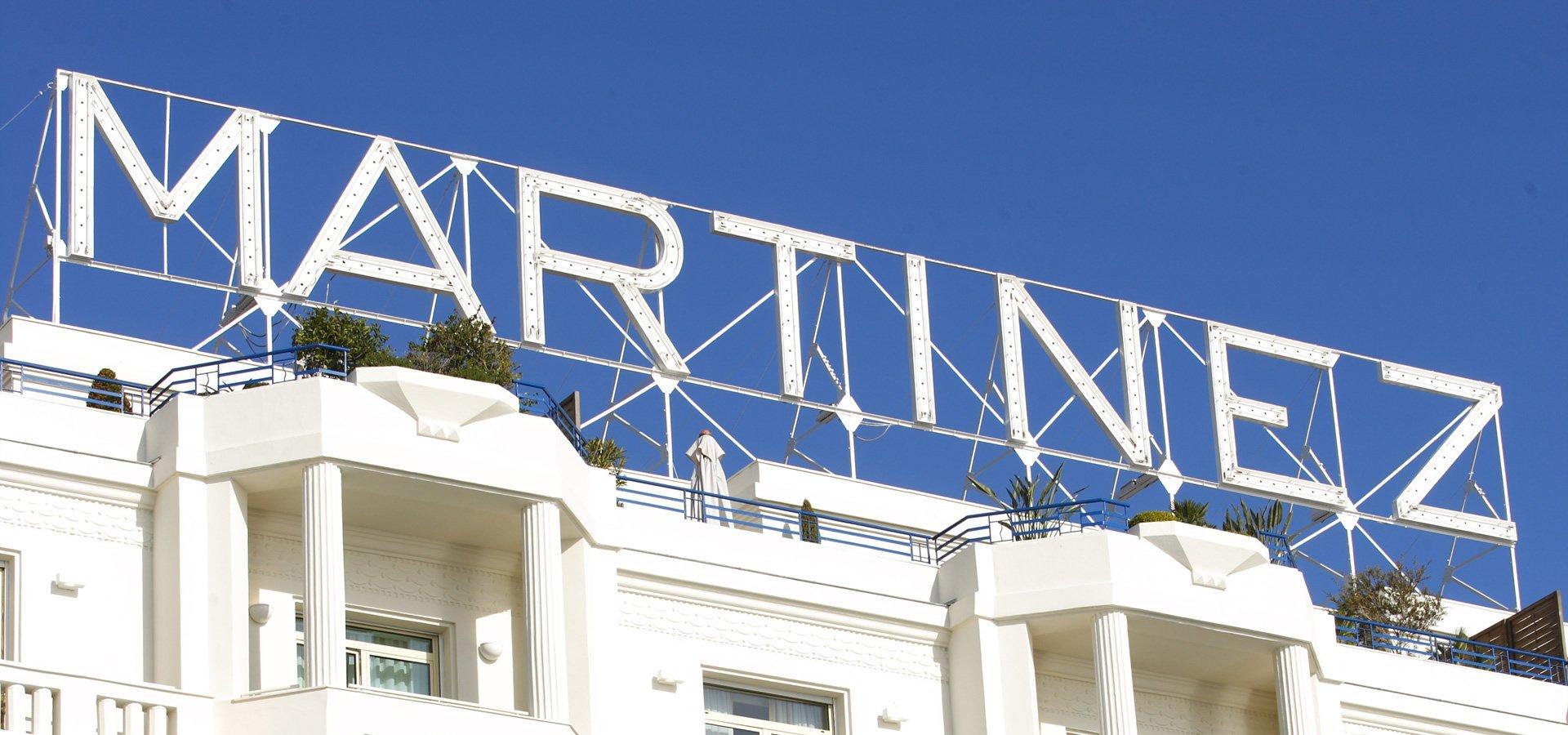 R ouverture compl te de l 39 h tel martinez sous le feu des - Hotel martinez cannes tarifs chambres ...