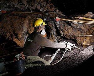 Filling of old silver mines in Pradal