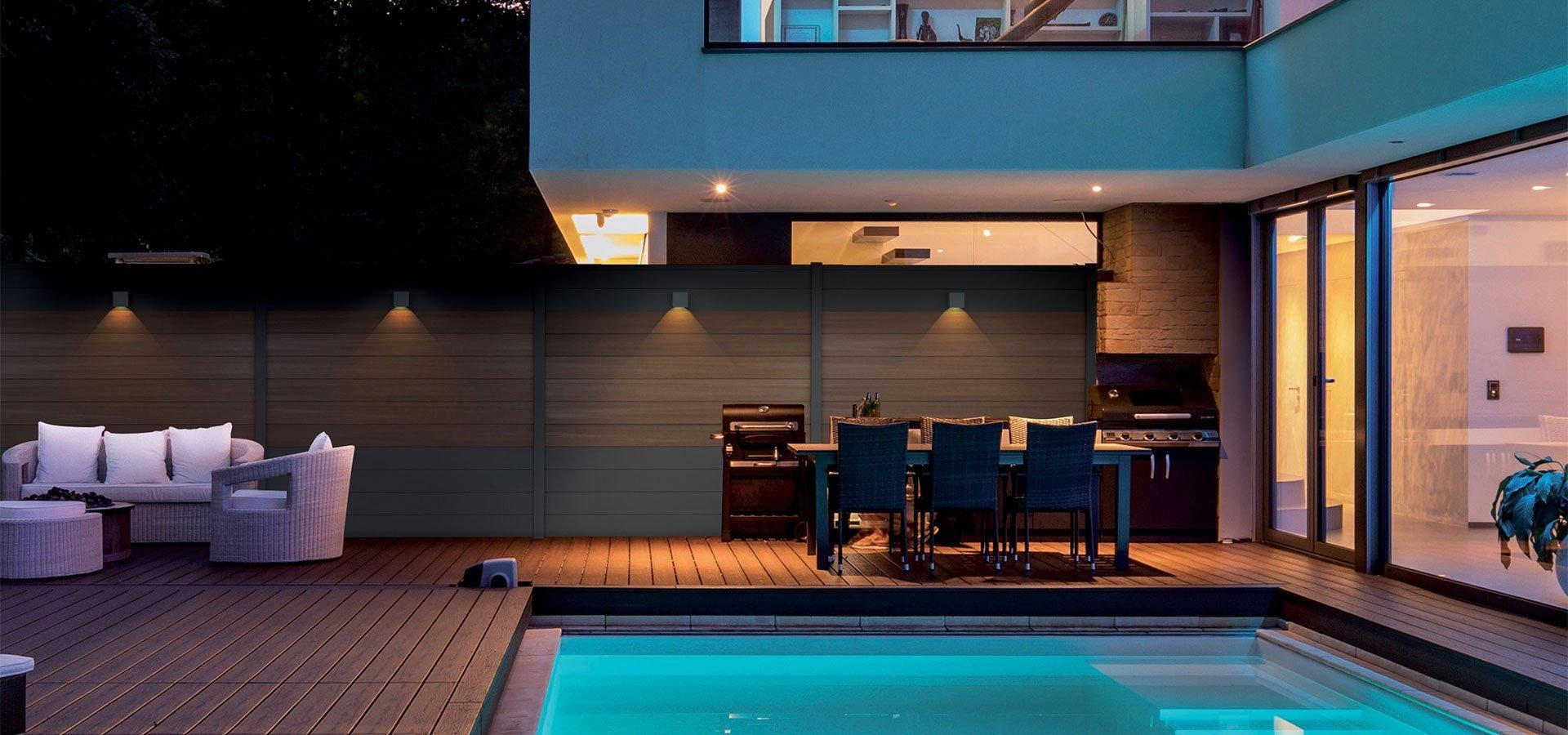 fiberdeck d voile boston un nouveau concept de cl ture. Black Bedroom Furniture Sets. Home Design Ideas