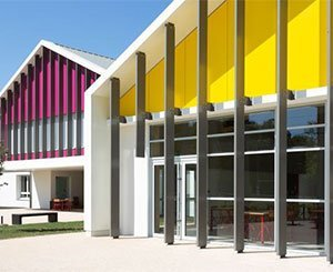 The artCOLOR Skygrey solution by Rheinzink for the Leisure Center on the La Borde site