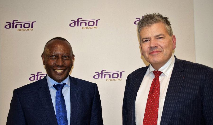 Eddy Njoroge, president of ISO and Olivier Peyrat, director general of AFNOR. © AFNOR.
