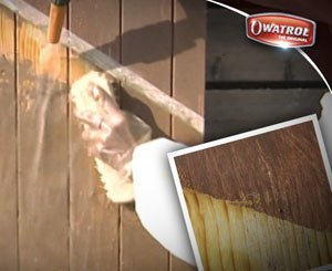 Stripping a shutter with Owatrol® Dilunett and Net-Trol
