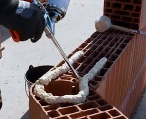 Terreal Califix: glue binder for rectified bricks