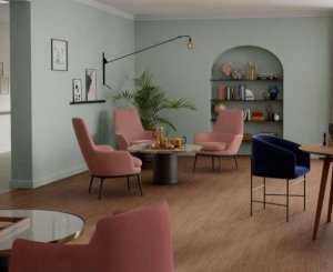 Tarkett unveils a parquet-effect vinyl solution dedicated to the well-being of the elderly