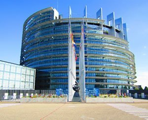 European Parliament demands a carbon neutral, sustainable and non-toxic economy by 2050