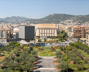 "The giant ""urban forest"" construction site in Nice on track"
