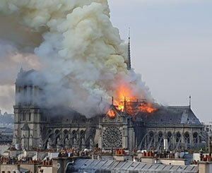 Jean-Jacques Annaud seeks amateur videos of the Notre-Dame fire for a film