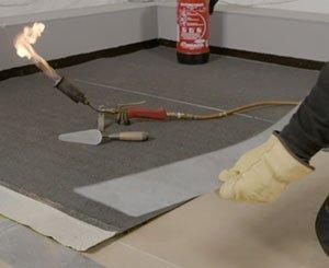 Presentation of the Sopra Stick Unilay on Efigreen Alu + by Soprema