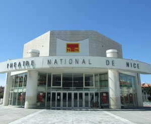 The daughter of the architect of the National Theater of Nice opposes its destruction