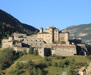 A historic fortress in the Hautes-Alpes sold for 661.000 euros