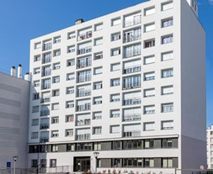 Exterior insulation with triple benefits for a residence in Montrouge