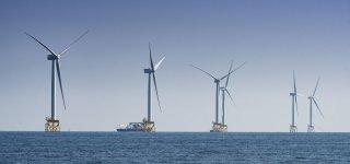 300 demonstrators in Saint-Brieuc against a wind farm at sea