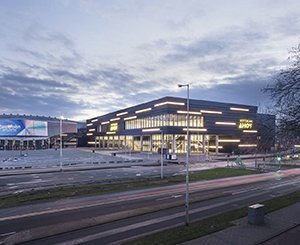 One of the largest event venues offers 17.000 m² of Hunter Douglas Architectural ceilings