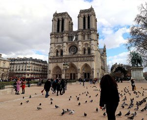 The forecourt of Notre-Dame de Paris temporarily closed due to a high concentration of lead