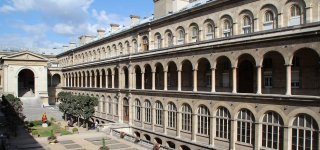 """The Parisian left and the CGT hope for a """"moratorium"""" on the renovation of the Hôtel-Dieu"""