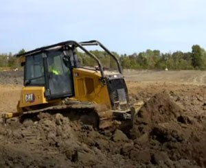 Cat® D4 Bulldozer | See Better Results