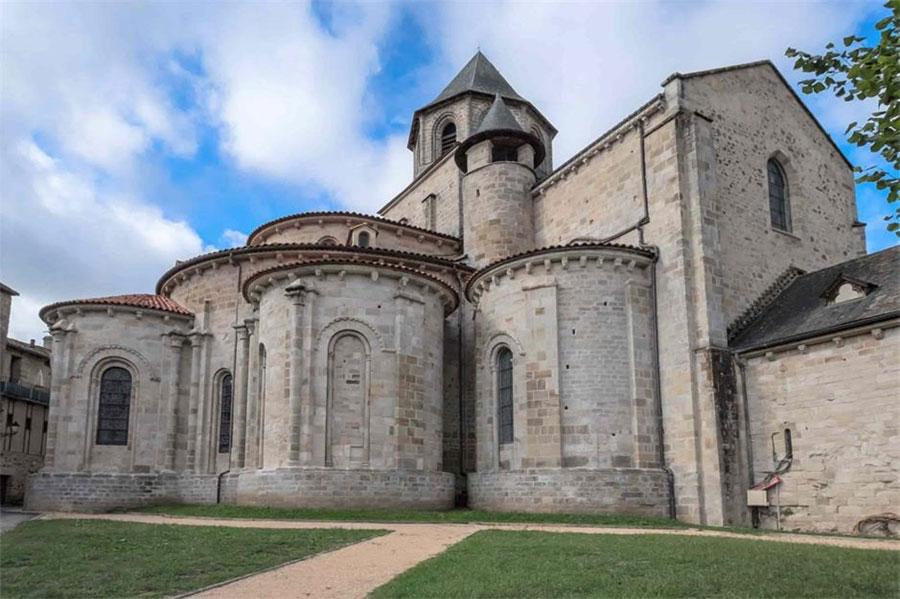 © Beaulieu-sur-Dordogne