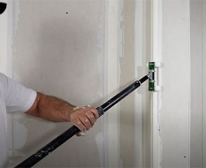 Realize joints and finishes in 8 steps - Kit Joints Airless by Knauf