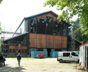 """The """"Hangar Y"""" of Meudon will be redeveloped into an artistic and cultural center"""