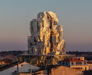 The Luma Foundation inaugurates a vast artistic campus and a Gehry tower in Arles la Romaine