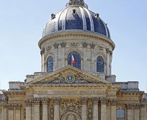 The Court of Auditors urges to quickly renovate the Cupola of the French Academy