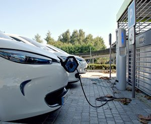 The Climate-Resilience law facilitates the charging of electric vehicles in apartment buildings