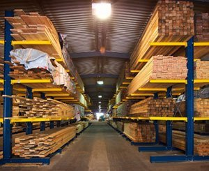 Jean Castex announces an additional 100 million euros to support the timber industry