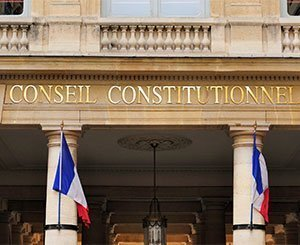 The Constitutional Council censures the early termination of a fixed-term or temporary contract for lack of a health pass