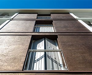 Atypical finishes on the large facades of the Moulin Vert residence in Sannois (95)