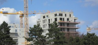The HLM world should maintain a sustained rate of construction and renovations