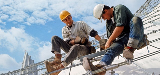 Construction wages set to increase 3,6% in 2022