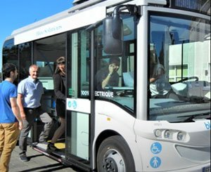 """The """"C Bus"""" project, an electric minibus in Châteaubriant"""
