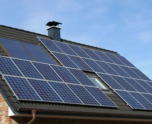Barbara Pompili increases the threshold for installing photovoltaic projects on buildings without a call for tenders by five