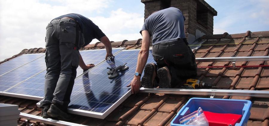 L'Europe rouvre grand ses portes aux panneaux solaires chinois