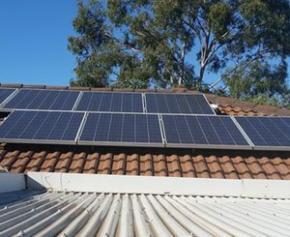 Installation de panneaux solaires : vers une charte des bonnes pratiques