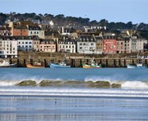 Les îles du Finistère poursuivent leur transition énergétique malgré des...