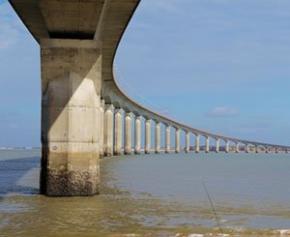 La corrosion du câble rompu du pont de l'Ile de Ré est due à une mystérieuse mousse...