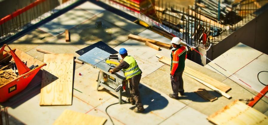 Les mises en chantier de logements neufs chutent de 5,2% entre juin et août