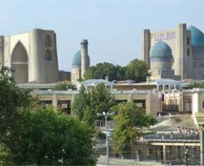 L'Ouzbékistan signe 5 milliards d'euros de partenariats avec des groupes français pour...