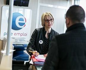 """Bientôt des sanctions pour les entreprises """"qui remettent les mêmes personnes au chômage"""""""