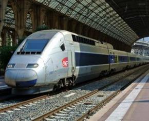 Un TGV bloqué à Toulouse pour dénoncer le manque d'accessibilité de la gare...