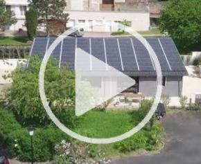 RE2020 : une maison autonome en énergie avec Legrand à Charnay-lès-Mâcon