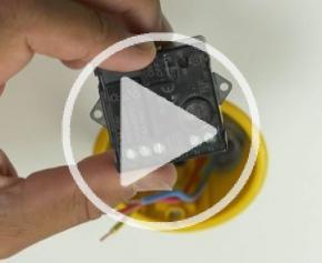 Prêt à poser Legrand : créer un va et vient d'éclairage sans fil avec un micromodule