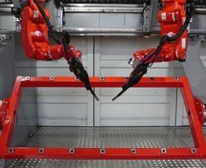 Les technologies de fabrication sur le chantier dans un conteneur rempli...