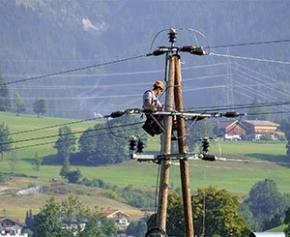Les syndicats mettent en garde contre des coupures électriques