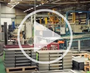 Usine Legrand de Malaunay : fabrication des coffrets et armoires industriels
